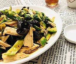 简单凉拌菜~木耳腐竹拌黄瓜的做法