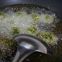 清爽的暖春菜——茼蒿炸丸子的做法图解5