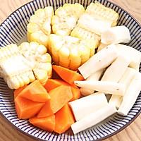 山药玉米猪骨汤的做法图解5