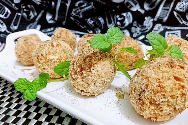 中秋节吃芋艿-椒盐芋艿球-蜜桃爱营养师私厨-薯类每天100g的做法