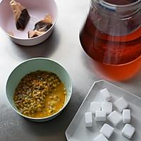 百香果红茶饮的做法图解3