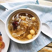 清润糖水:绿豆银耳莲子汤