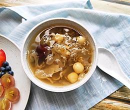 清润糖水:绿豆银耳莲子汤的做法