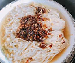 蒜蓉金针菇(万能金蒜酱做法)的做法