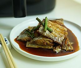 浇汁香酥带鱼的做法
