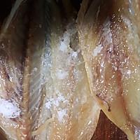 #硬核菜谱制作人#椒盐烤鲭鱼的做法图解3