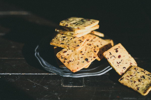 #年味十足的中式面点#最酥脆的蔓越莓饼干——玉米面蔓越莓饼干的做法