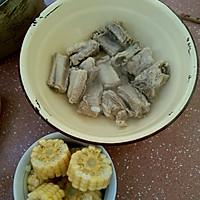 浓汤宝排骨玉米冬瓜汤的做法图解2