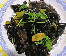 #营养小食光#青椒木耳的做法
