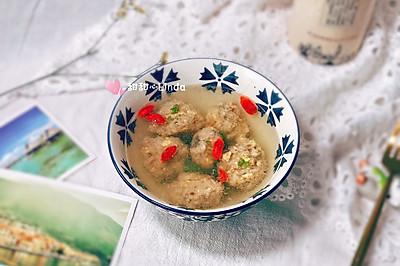 冬季补身理气神器—生氽海参牛肉丸子汤