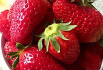 简单的草莓冰淇淋的做法