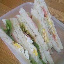 鸡蛋火腿芝士三明治