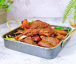 #肉食者联盟#蜜汁迷迭香烤羊排的做法