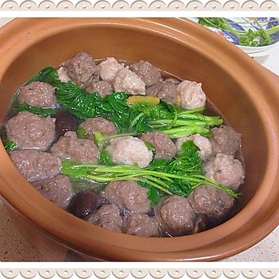 川味砂锅之香菇蔬菜双丸汤