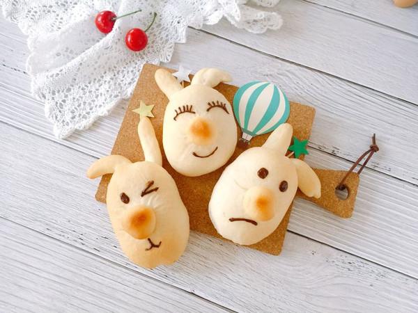 丑萌兔豆沙面包的做法
