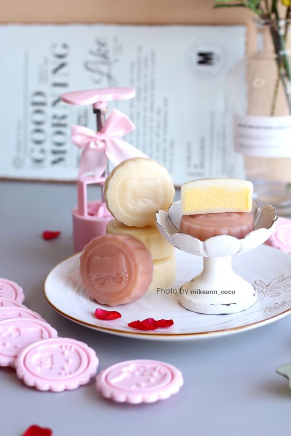清凉甜蜜的【椰香奶黄馅儿冰皮月饼】的做法