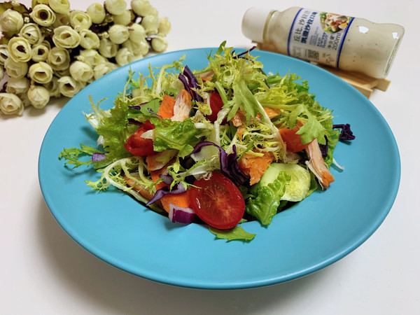鸡胸肉蔬菜沙拉