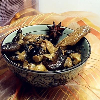 香菇焖鸡肉---小鸡焖香菇家常做法