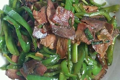 青椒炒熏肉