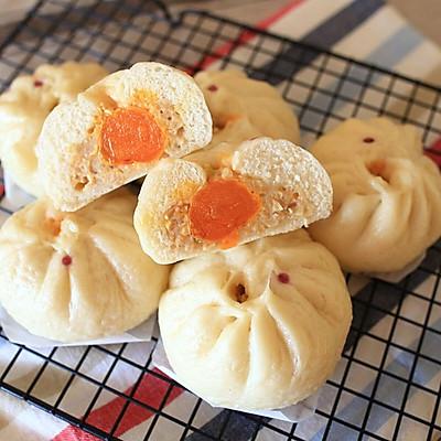 三鲜蛋黄包