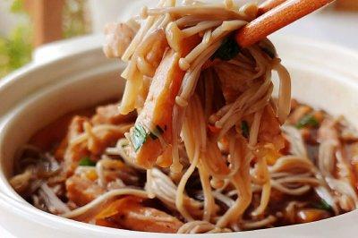黑椒牛肉什锦锅