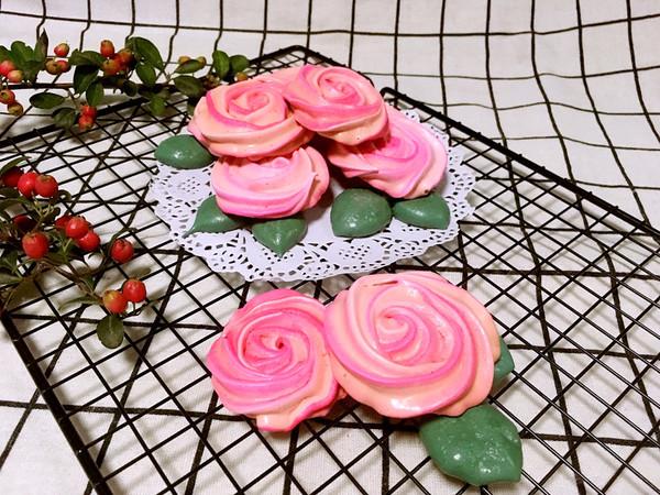 玫瑰蛋白霜饼干