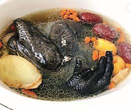 红枣枸杞炖乌鸡-电炖盅版的做法