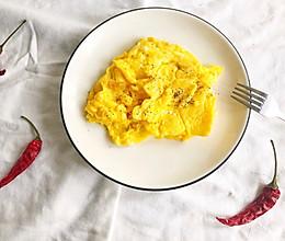 黄油煎蛋的做法