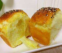 #换着花样吃早餐#蜂蜜面包的做法