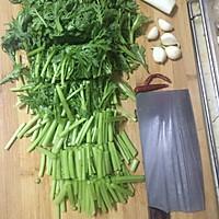 快手菜素炒茼蒿的做法图解2