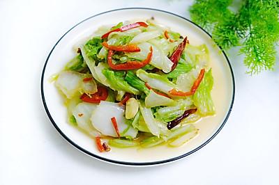 清炒白菜。