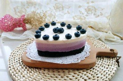 渐变蓝莓芝士蛋糕