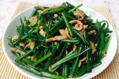炒出滑嫩肉丝--韭菜苔炒肉丝
