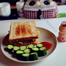 孕妇的豪华早餐---火腿鸡蛋三明治