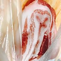 快手三椒煸五花肉的做法图解1