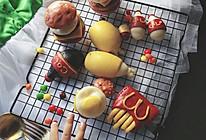 #花10分钟,做一道菜!#有灵魂的全家桶儿童餐卡通造型馒头的做法