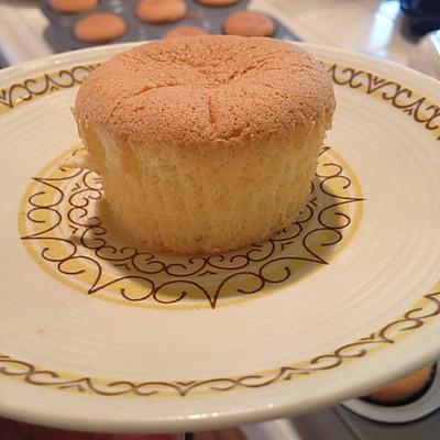 戚风杯子蛋糕