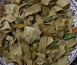 尖椒豆皮 正宗东北菜的做法