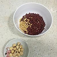 坚果红豆糊#急速早餐#的做法图解1