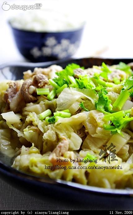 羊肉炖酸菜的做法