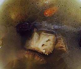 猴头菇鸽子汤的做法
