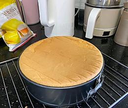 蛋糕胚子(戚风蛋糕)的做法