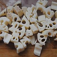 香菇莲藕炖排骨#金龙鱼外婆乡小榨菜籽油 最强家乡菜#的做法图解2