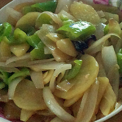 清炒洋葱土豆青椒