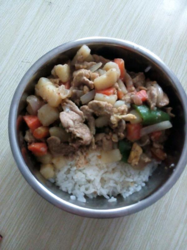 土豆肉片盖浇饭的做法