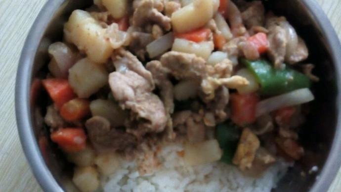 土豆肉片盖浇饭
