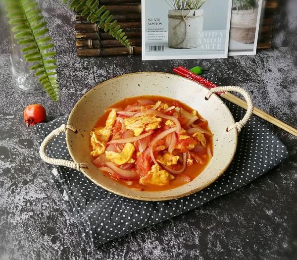 番茄鹅蛋紫洋葱的做法