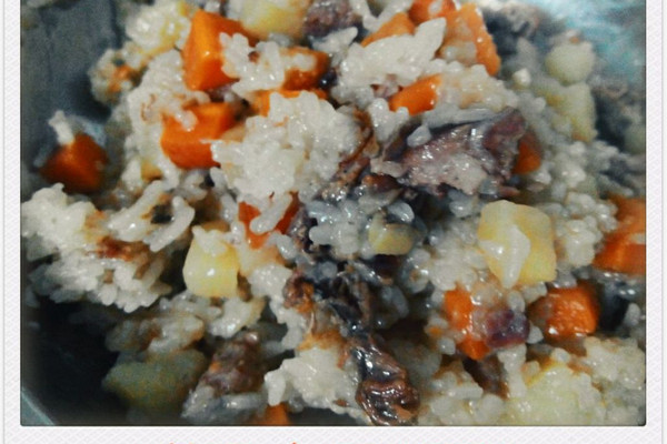 腊肠焖饭(超快捷电饭锅版)的做法