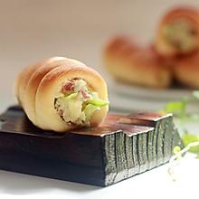 试用就要来个不同的螺旋面包配奶酪土#百吉福芝士片创意早餐#
