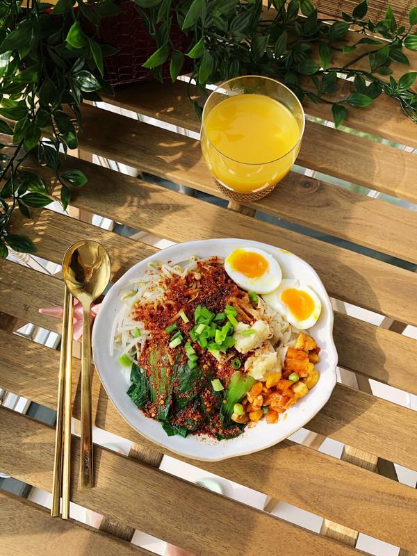 #精品菜谱挑战赛#油泼面(一人份)的做法